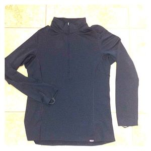 Patagonia capilene base layer, mid weight.